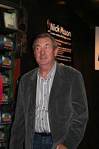 Nick Mason 20060603 Fnac 09.jpg