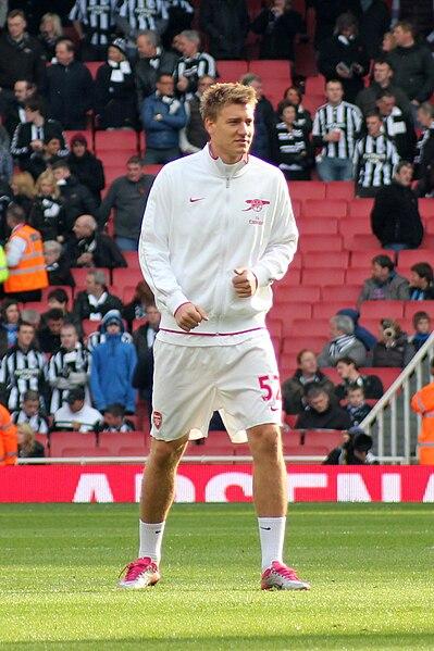 File:Nicklas Bendtner 2010-11-07.jpg