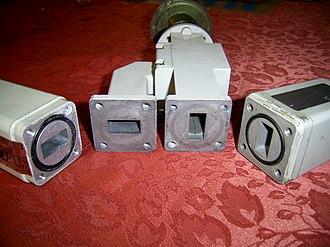 Orthomode transducer - Orthomode transducer, vertical and horizontal polarity