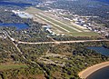 Oakland County International Airport OCIA - panoramio.jpg