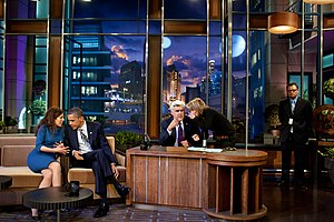 English: President Barack Obama talks with co-...