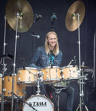Olaf Olsen (drummer) - Olaf Olsen performing in 2017