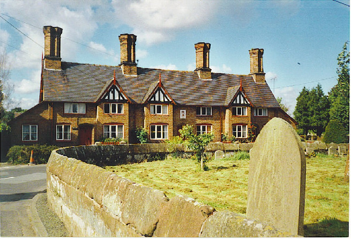 Old Cottages in Bunbury - geograph.org.uk - 103479.jpg