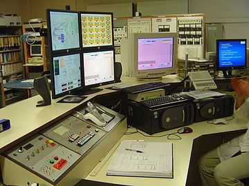 2005 image of the control panel of the synchrocyclotron at the Orsay proton therapy center