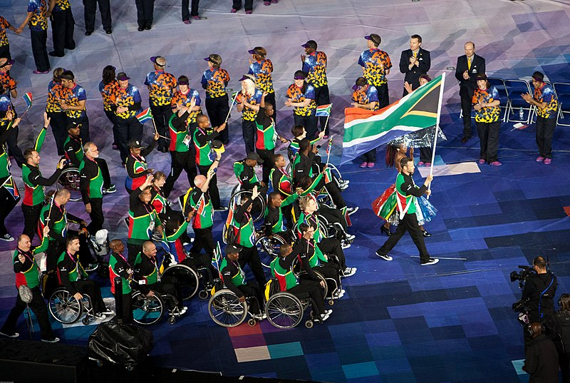 Oscar Pistorius leading South Africa%27s Paralympic Team in the opening ceremony of the 2012 Summer Paralympics in London - 20120829.jpg