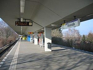 Otisstraße (Berlin U-Bahn) - Platform view, Otisstraße U-Bahn station