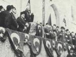 Le 1er novembre 1914, les autorités turques déclarent officiellement la guerre contre les pays de la Triple-Entente.