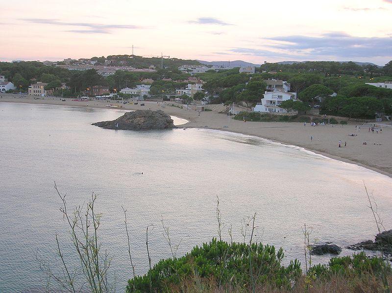 File:Palamós - Platja de la Fosca - Costa Brava - Catalunya.jpg