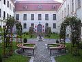 Palatul Brukenthal, azi Muzeul Brukenthal, Curtea interioara.jpg