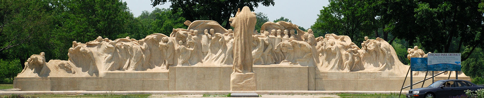 Fountain of Time (1910-22), Midway Plaisance, Chicago, Illinois. Panorama of the Fountain of Time.JPG