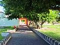 Pasillo solitario en el Parque de los Caimanes, Chetumal, Q, Roo. - panoramio.jpg