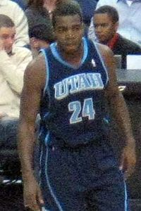 Paul Millsap Jazz 2010.jpg