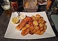 Pavé de saumon et pommes de terre au restaurant Le Patio (Dole) - jan 2018.jpg