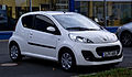 Peugeot 107 68 Active (2. Facelift) – Frontansicht, 24. Juni 2012, Ratingen.jpg
