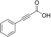 [Immagine: 200px-Phenylpropiolic_acid.png]