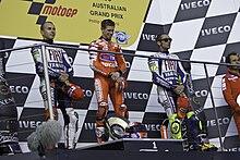 Stoner sul podio del Gran Premio d'Australia del 2010.
