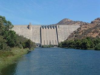 Pine Flat Dam - Image: Pine Flat Dam