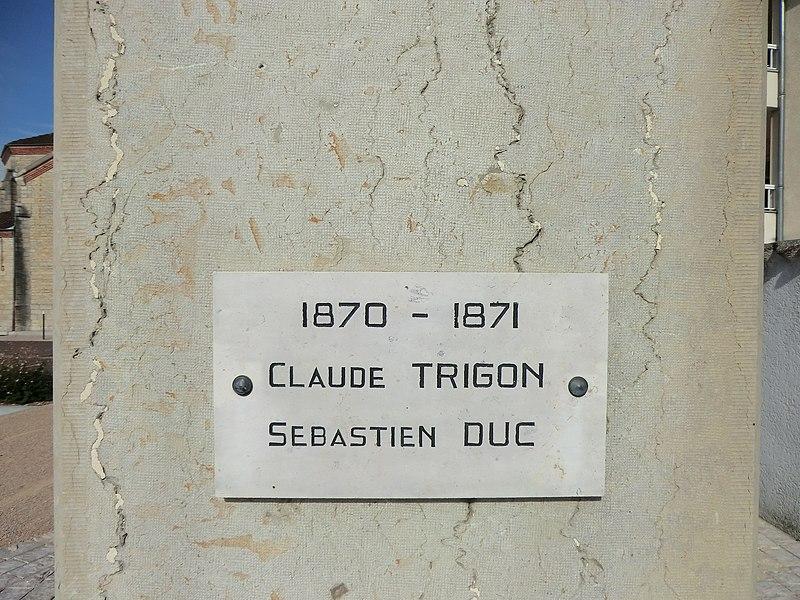 Plaque du monument aux morts de Niévroz (guerre 1870-1871).