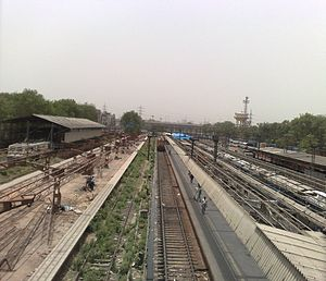 Hazrat Nizamuddin railway station - Image: Platform 8 & 9 under construction at Hazrat Nizamuddin