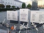 Polish Tu-154 crash-passengers memorial.jpg