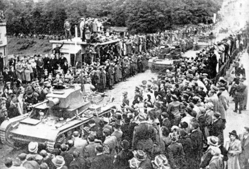 Polská armáda vjíždí do Těšína - 1938