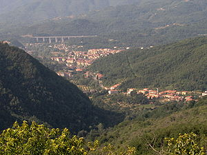 Lunigiana - View of Lunigiana between Filattiera and Aulla.