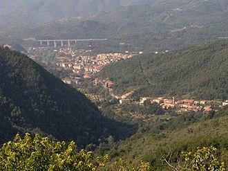 Lunigiana - View of Lunigiana between Filattiera and Aulla.