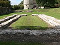 Port-Royal-des-Champs - ruines abbatiale avec pigeonnier.jpg