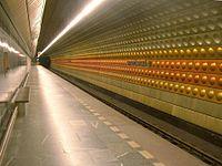 Prague metro Hradcanska station 01 EX.JPG
