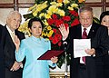 President Gloria Macapagal-Arroyo swears in Antonio Lagdameo as the new Philippine Ambassador Extraordinary and Plenipotentiary to the Kingdom of Spain.jpg