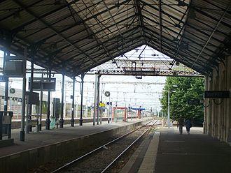 Gare de Libourne - Image: Quais de la gare de Libourne