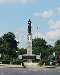 RO VN Adjud WWI monument.jpg