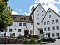 Rathaus und evangelische Kirche in Rohrdorf - panoramio.jpg