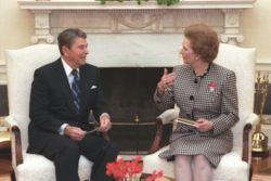 Ronald Reagan et Margaret Thatcher à la Maison Blanche en 1988.