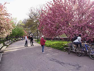 Riverside Park (Manhattan) - Image: Riverside Park 03