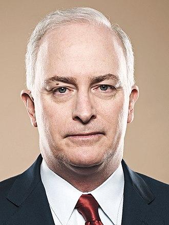 "Robert J. ""Bob"" McCann - Image: Robert J. Mc Cann UBS"