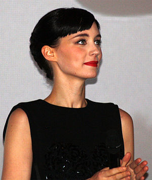 Mara at the Paris premiere of ''The Girl with the Dragon Tattoo'' in 2012