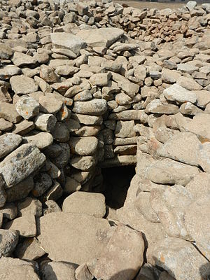 Rujm el-Hiri - Entrance to burial cave
