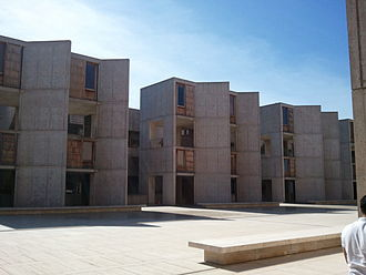 Salk Institute for Biological Studies - Side perspective