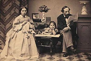Sally Henriques - Sally Henriques with his wife Rose and daughter Jorikka (1860s)