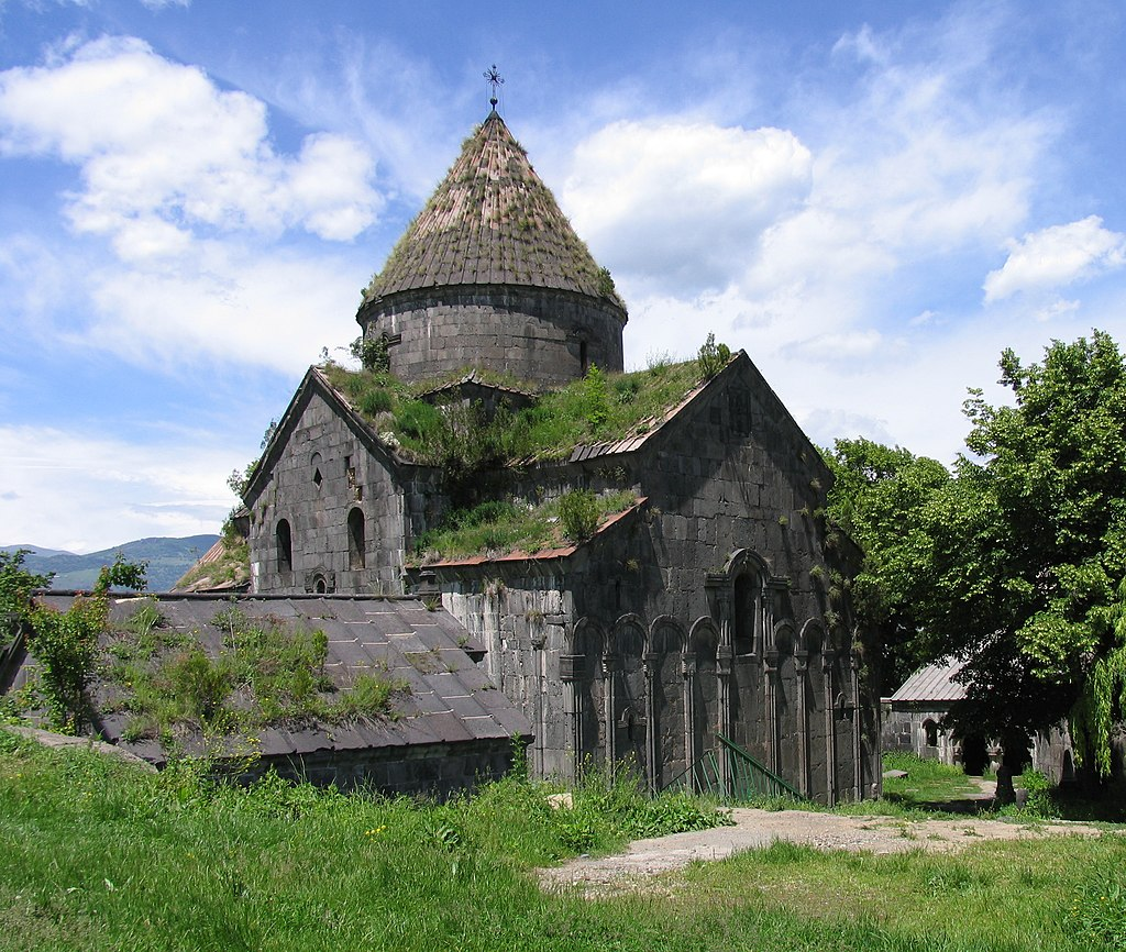 Церковный комплекс Санаин