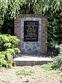 Sars-Poteries (Nord, Fr) monument aux morts.jpg