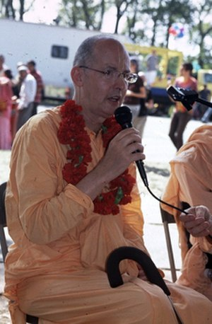 Satsvarupa dasa Goswami - At the Houston Book Fair, 2005