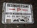 Schild beim Parkplatz vom Gesundheitsamt (Flensburg 2014-11-19).jpg
