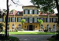 Schloss Suresnes Muenchen Schwabing-2.jpg