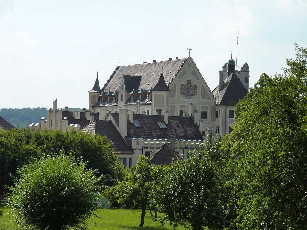 taxis castle  trugenhofen