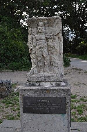 Schwalbach am Taunus - Viergötterstein (Four gods stone) showing Hercules (180 AD)