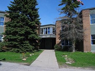 Senator O'Connor College School - The original Senator O'Connor campus building on 5 Avonwick Drive