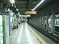 Seoul-Metro-1-Sinseol-dong-station-platform.jpg