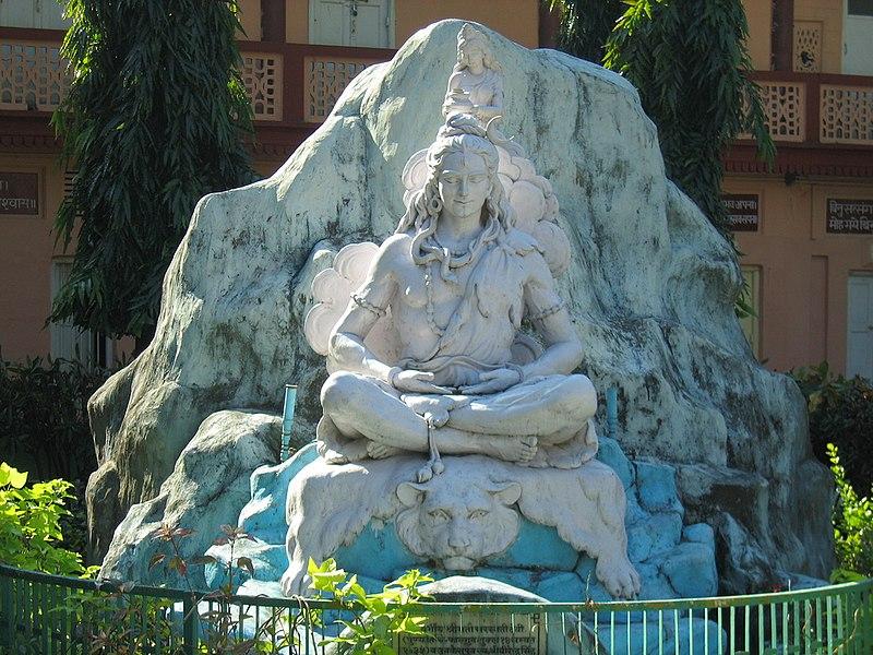 File:Shiva statue at Parmarth Niketan, Muni ki Reti, Rishikesh.jpg